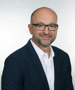Peter Hintzke